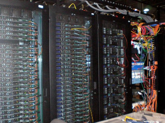 Follow best practices for cable management in the data centre. (Picture, Sean Ellis: Flickr)