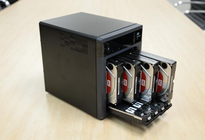 Our review model came packed with four 2TB WD Red drives.