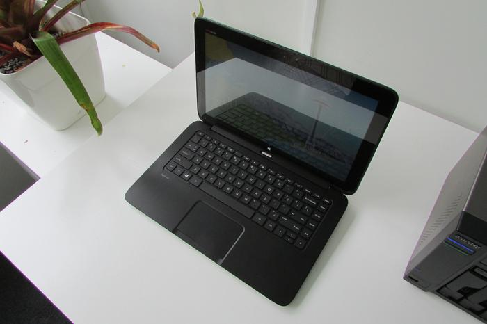 With the keyboard dock attached the Split 13 x2 looks like an average, fairly attractive, 13-inch laptop.